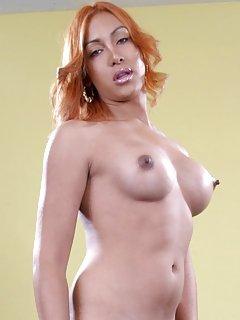 Naomi Allure