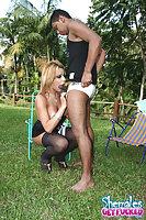 Summer pleasure of Aline Santos