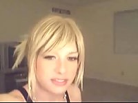 Cute Blonde Tranny Online
