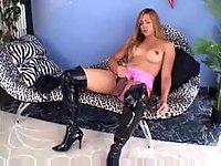 Burning TS in latex boots solo