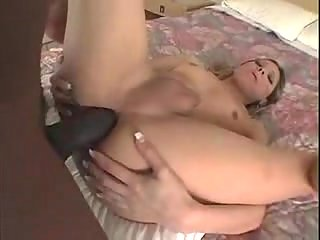 Interracial sex with a shemale in a spa