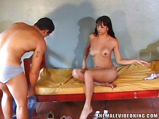 Brazilian Trans Chick Grinding