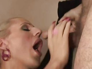 Shemale blonde stuffs her mouth up with hard cock