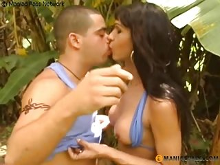 Outdoor sex with a leggy latina tranny girl