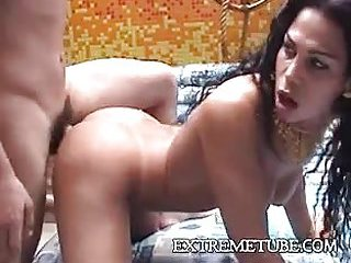 Skilful tranny pleases two guys