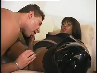 Black tranny fucks white guy ass