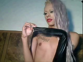 Petite blonde tranny posing on webcam