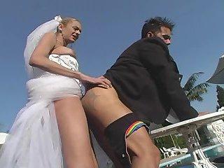 Fiona fucks her dude ass