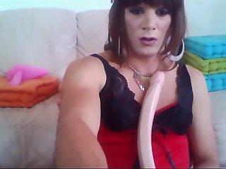 Lea crossdresser suck and plus and dildo in my ass
