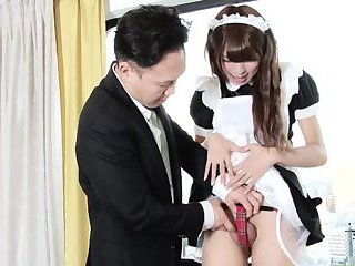So sweet and skilful asian maid